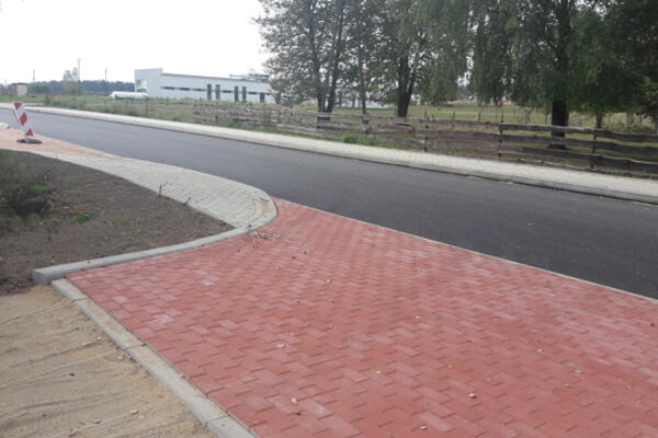Przebudowa drogi gminnej w Bobrownikach